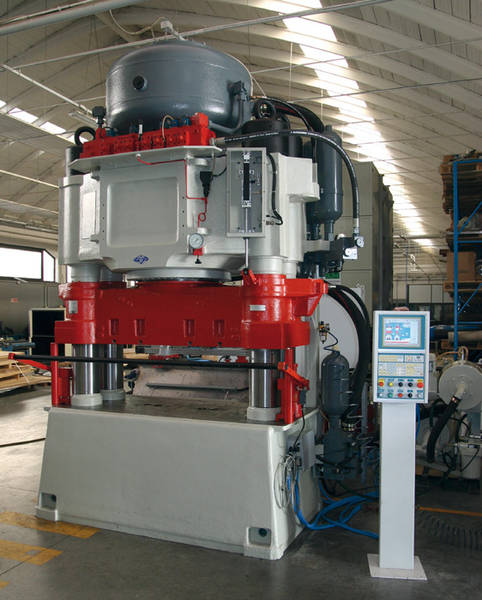 Regenerated press of 1400 Ton, in testing phase by our factory