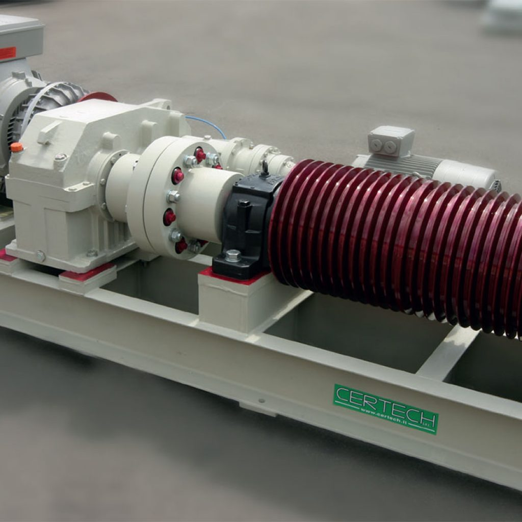 MRC 38 motorization unit for mill with capacity of 38.000 Lt, transmission pulley side view