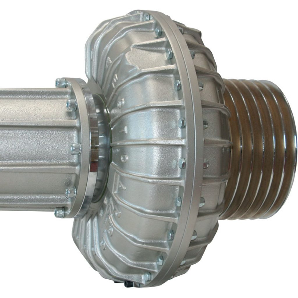 Hydraulic coupling with delay chamber and pulley